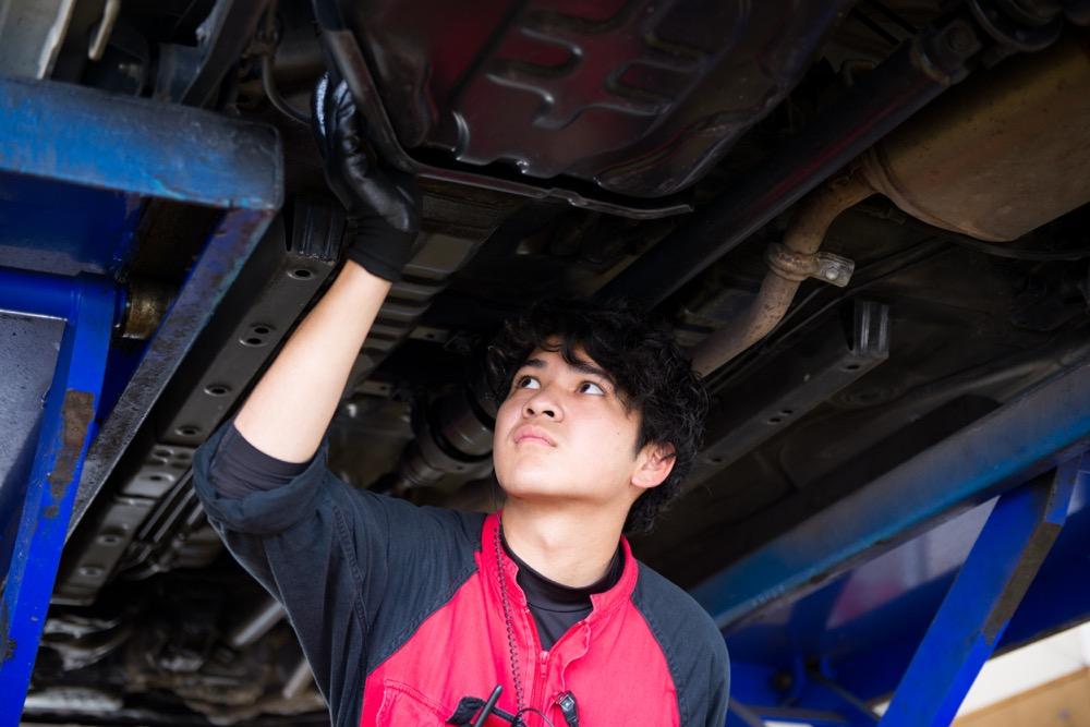 【加古川】2級自動車整備士(メカニック)